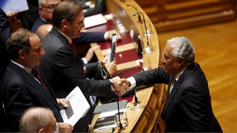 Le Parlement portugais autorise l'adoption par les couples homosexuels