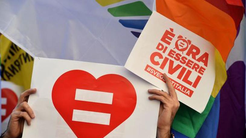 L'Italie donne son feu vert pour créer une union civile ouverte aux homosexuels