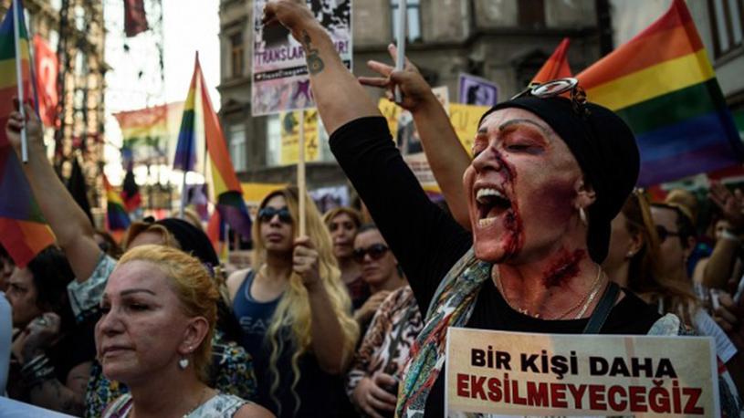 Quand la laïcité recule, les femmes et les personnes LGBT sont les premières victimes
