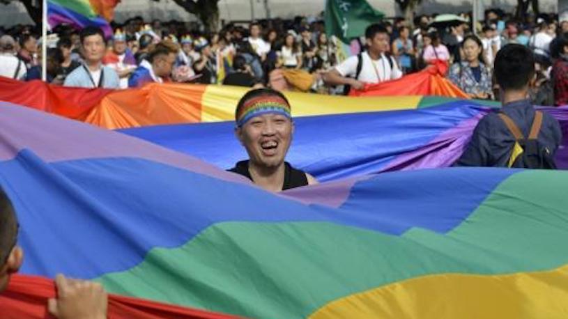 """Taïwan accueille la principale """"gay pride"""" d'Asie, en attendant le mariage gay"""