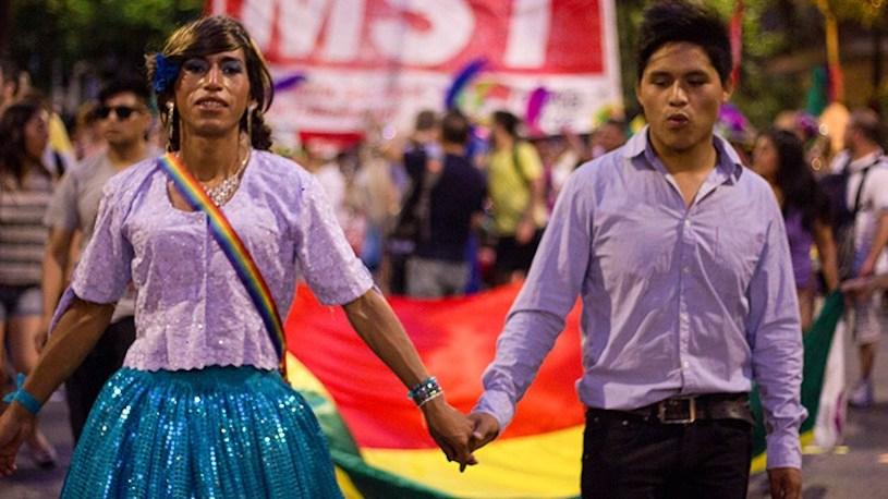 Bolivia declara ilegal el matrimonio homosexual y transexual