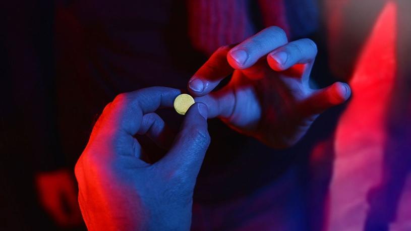 Chemsex: un mélange de sexe et de drogue qui inquiète dans la communauté gay