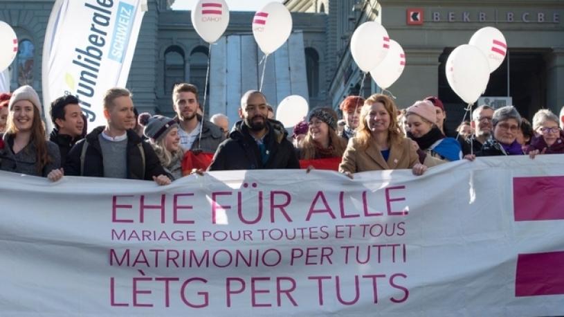 Suisse : le mariage homo patine sur le don du sperme