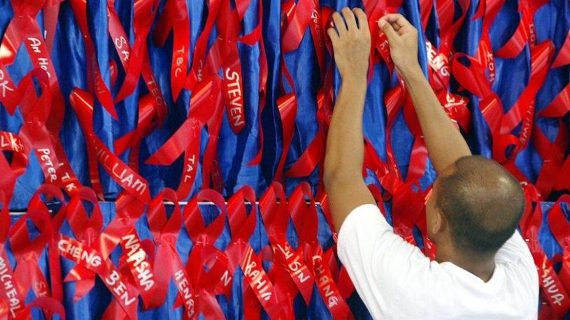 Les séropositifs de Singapour choqués par un vol de données ultra-sensibles