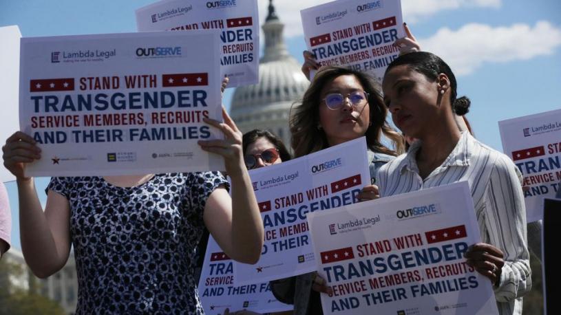 L'armée américaine ferme la porte aux personnes transgenres