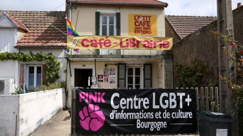 Épinac : un centre LGBT+ à la campagne