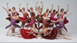 BloomingtonLes Ballets Trockadero de Monte Carlo2020年 7月22日,19:30(男同性恋友好, 女同性恋友好 演出)
