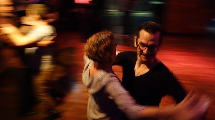 Le Bal de Rainbow Evidanse au Tango à Paris le sam. 11 mai 2019 de 22h30 à 00h30 (Clubbing Gay, Lesbienne)
