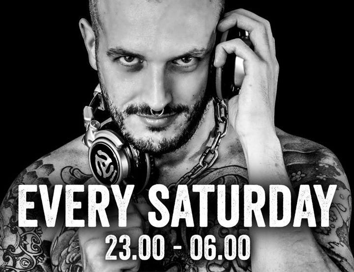 Resident DJ Robert Wall in Playa del Ingles le Sat, November 16, 2019 from 11:00 pm to 06:00 am (Sex Gay)