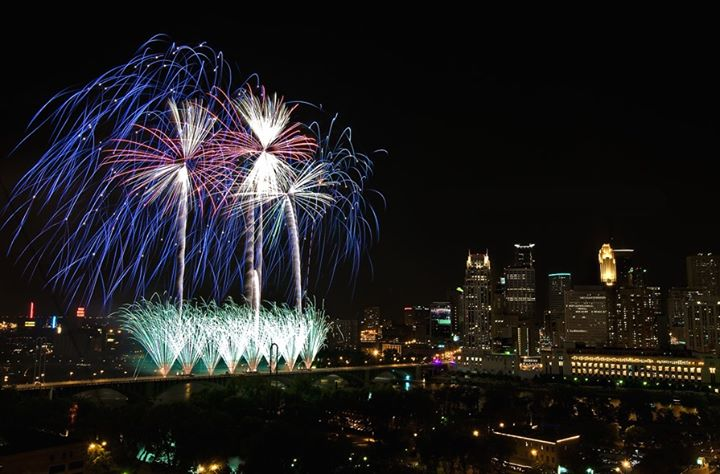 4th of July Fireworks à Minneapolis le jeu.  4 juillet 2019 de 18h00 à 02h00 (Clubbing Gay)