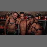 Woof Wednesday - December Edition à Chicago le mer.  6 décembre 2017 de 21h00 à 02h00 (After-Work Gay)