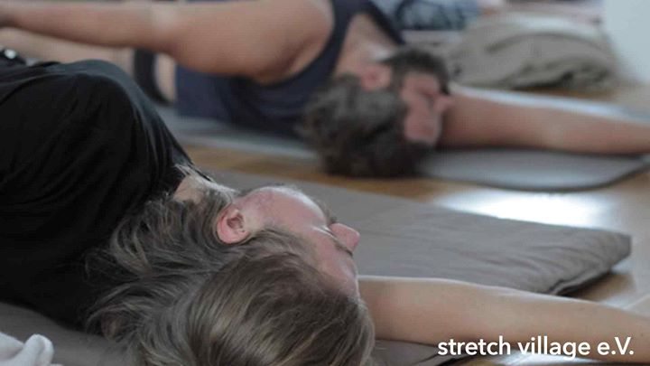 GentleMen Yoga a Berlino le mer 24 aprile 2019 20:00-21:30 (Laboratorio Gay, Trans, Bi)