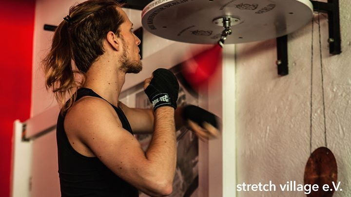 Village Boxing / Bodywork / Balance in Berlin le Thu, April 25, 2019 from 06:30 pm to 07:30 pm (Workshop Gay, Trans, Bi)