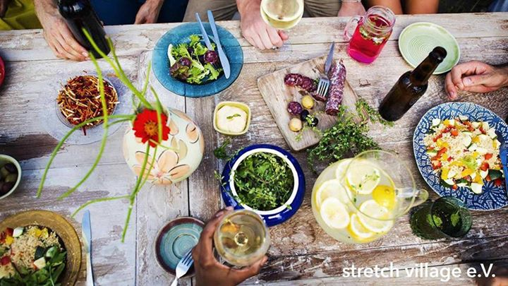 Village Pot Luck in Berlin le Sa 25. Mai, 2019 19.00 bis 23.00 (Werkstatt Gay, Transsexuell, Bi)