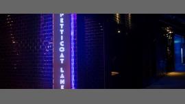 Petticoat Lane - Bar/Gay, Lesbica, Trans, Bi, Etero friendly - Hong Kong