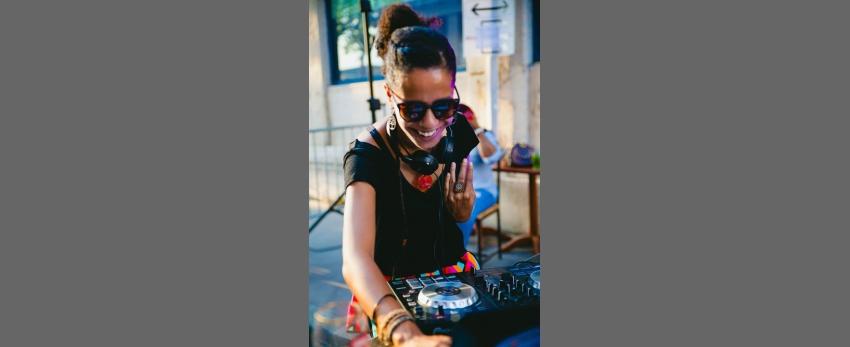 Festaaaa ♪♪♪ w/ DJ Âmy B