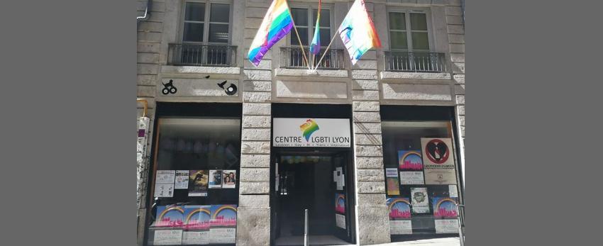 Exposition sur les différents drapeaux LGBTI