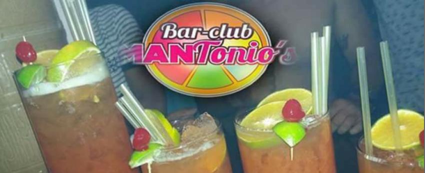 Mantonios Bar