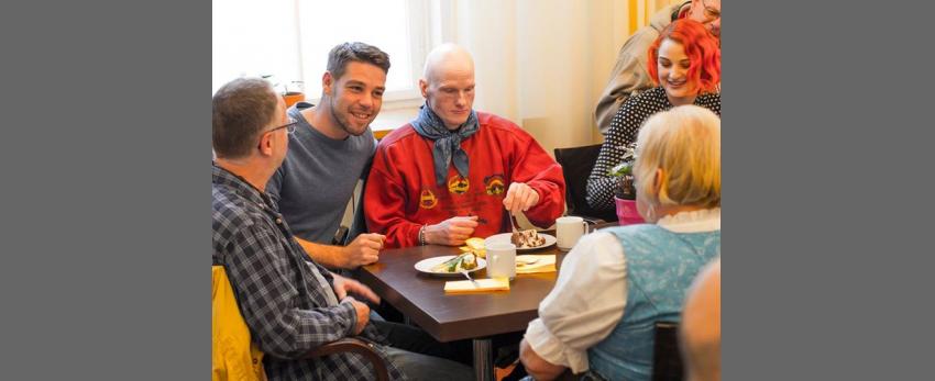 Café Wippe in der Schwulenberatung Berlin